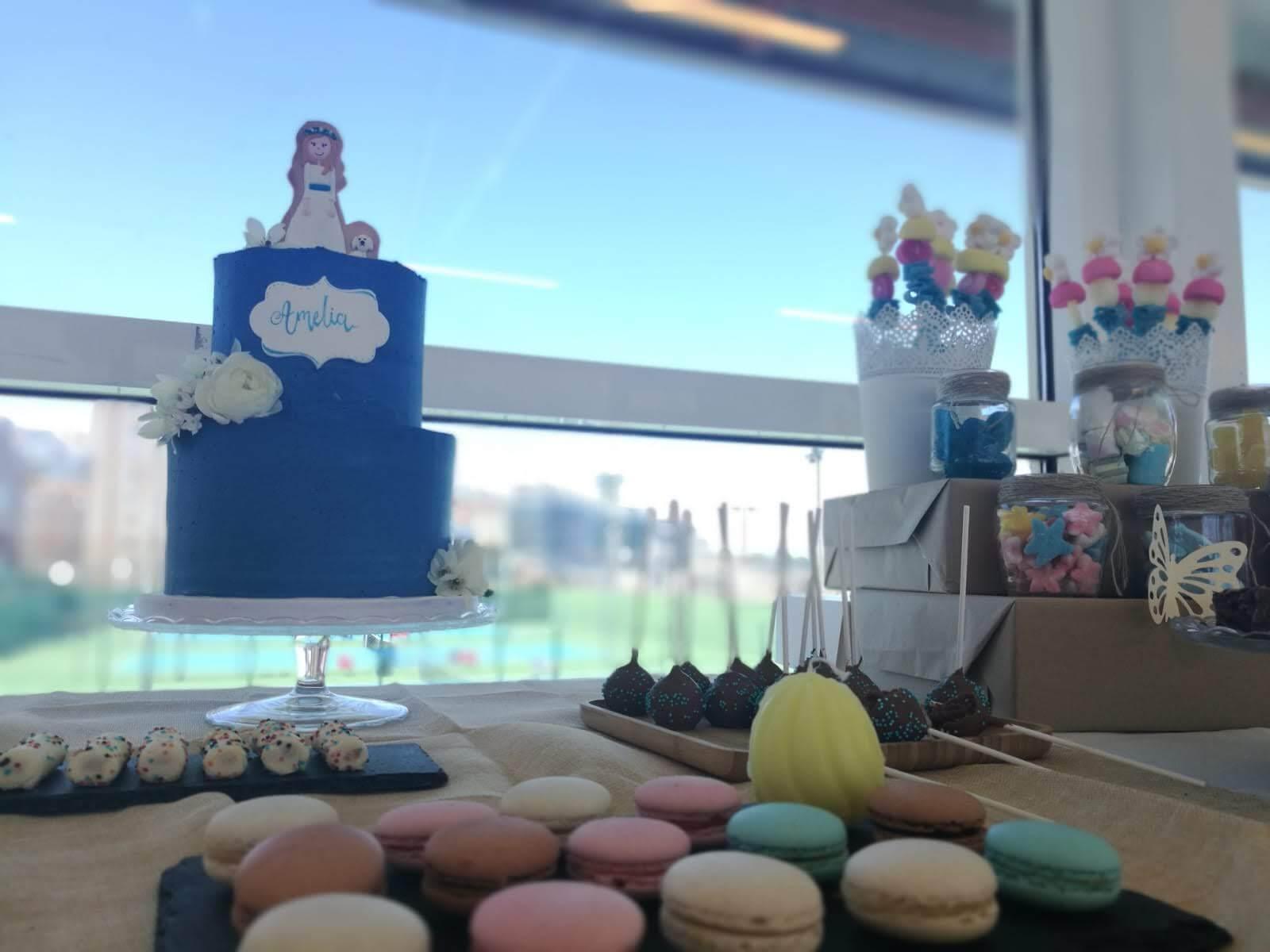 comunión niña mesa dulce tarta galleta coruña