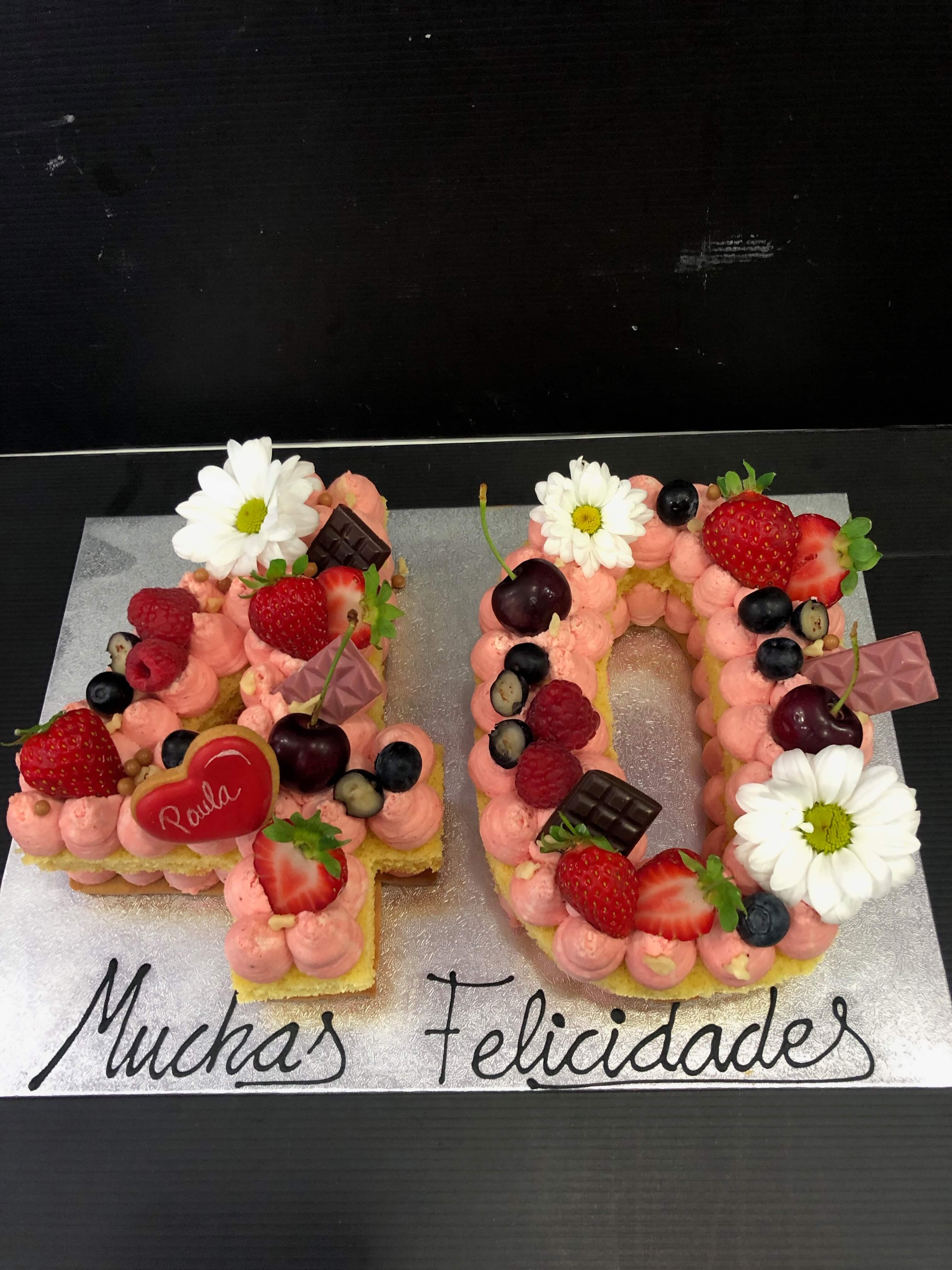 letter cake tarta Numeros o letras cumpleaños coruña personalizada  letras