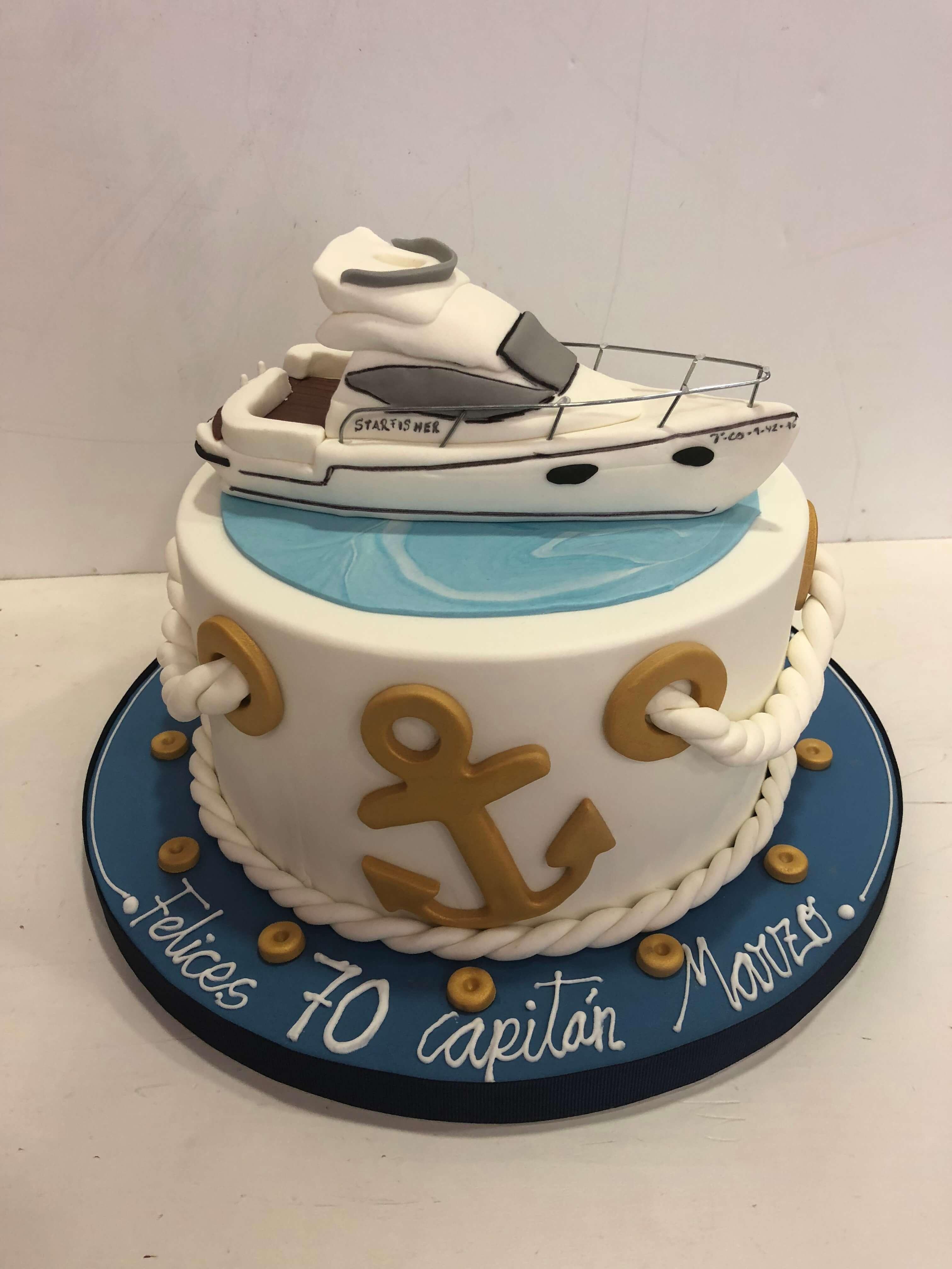 Tarta cumpleaños fondant personalizada Barco yate coruña