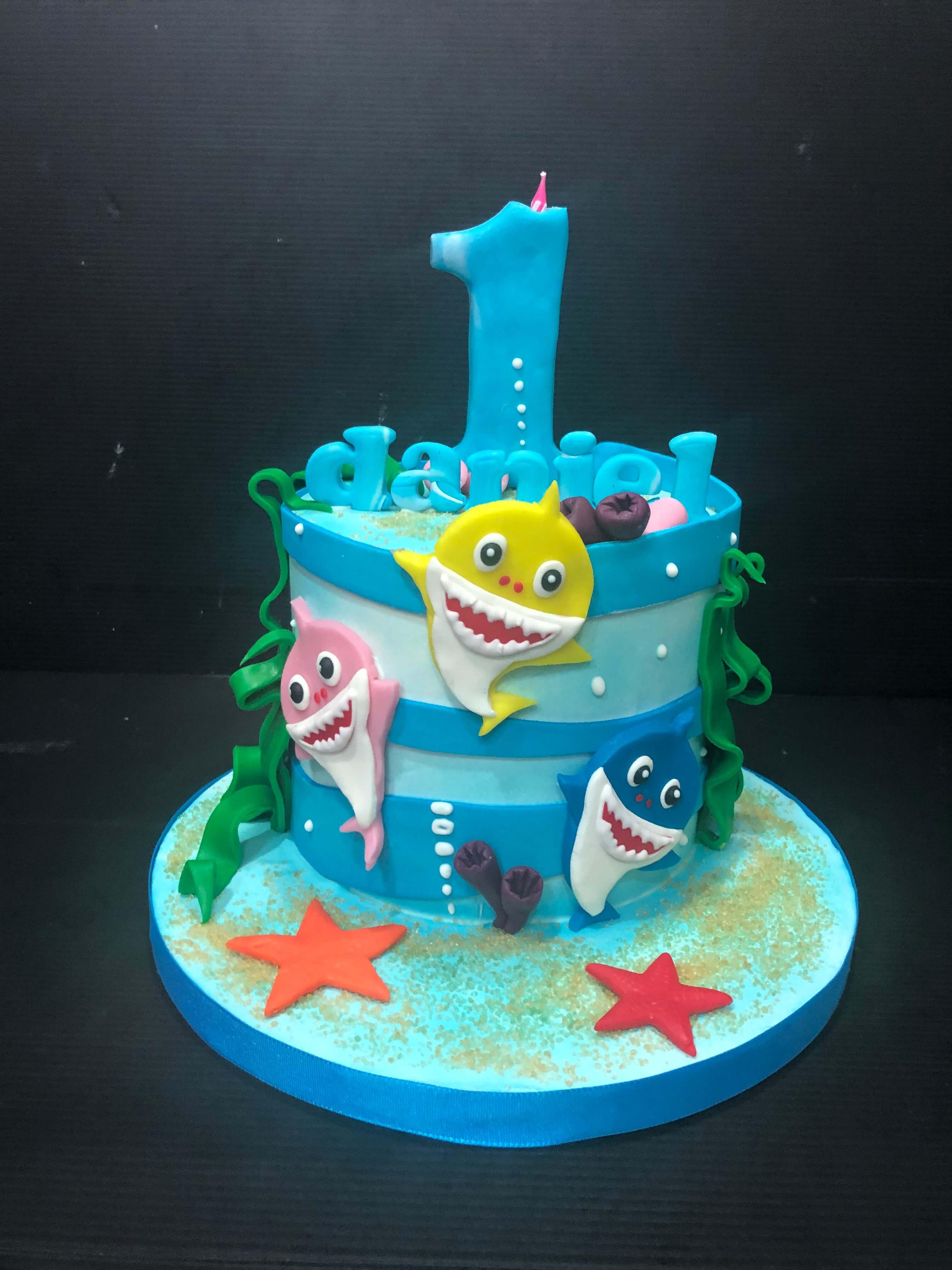 Tarta Fondant Baby Shark