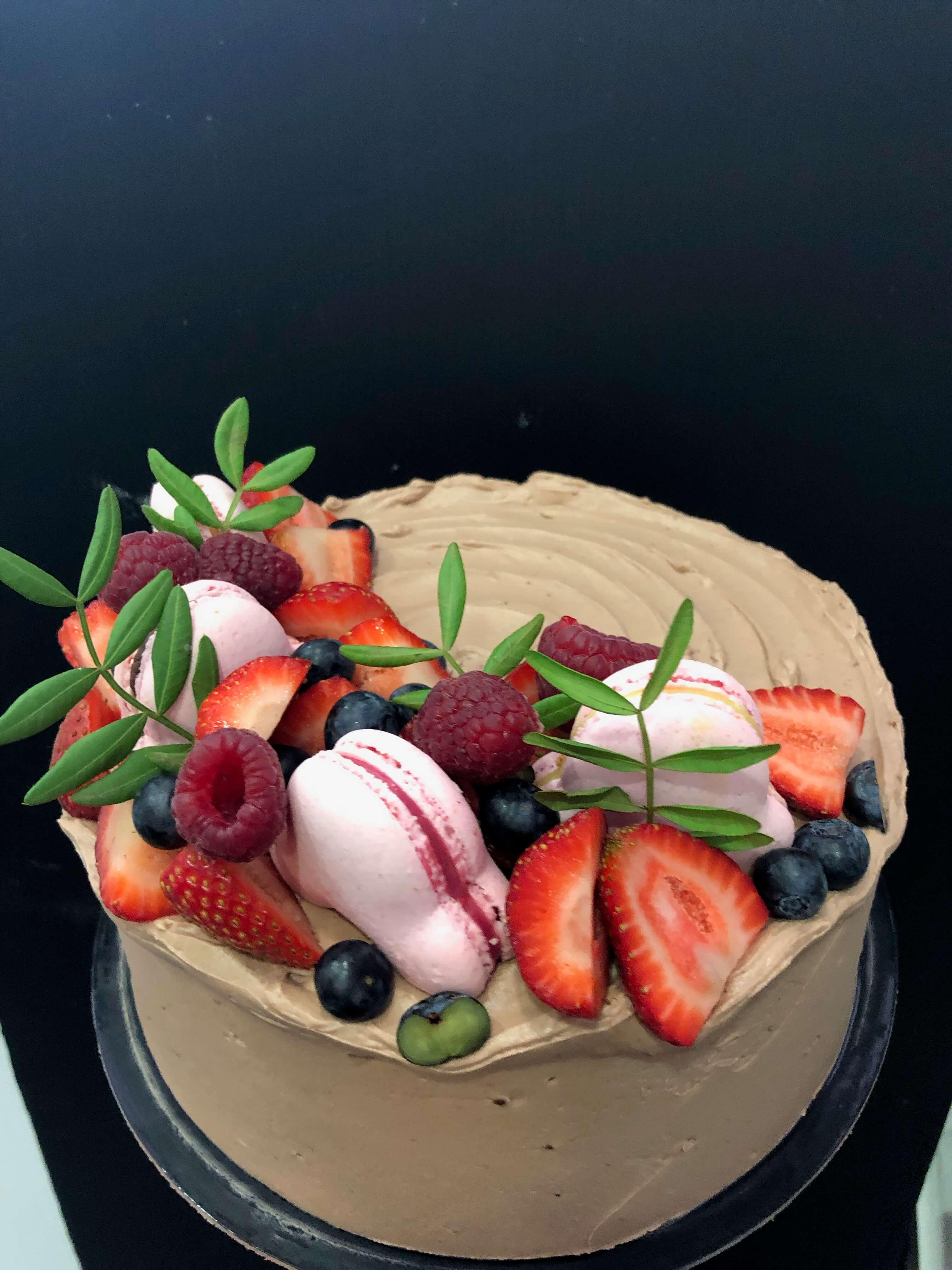 tarta macarons y frutas cumpleaños coruña
