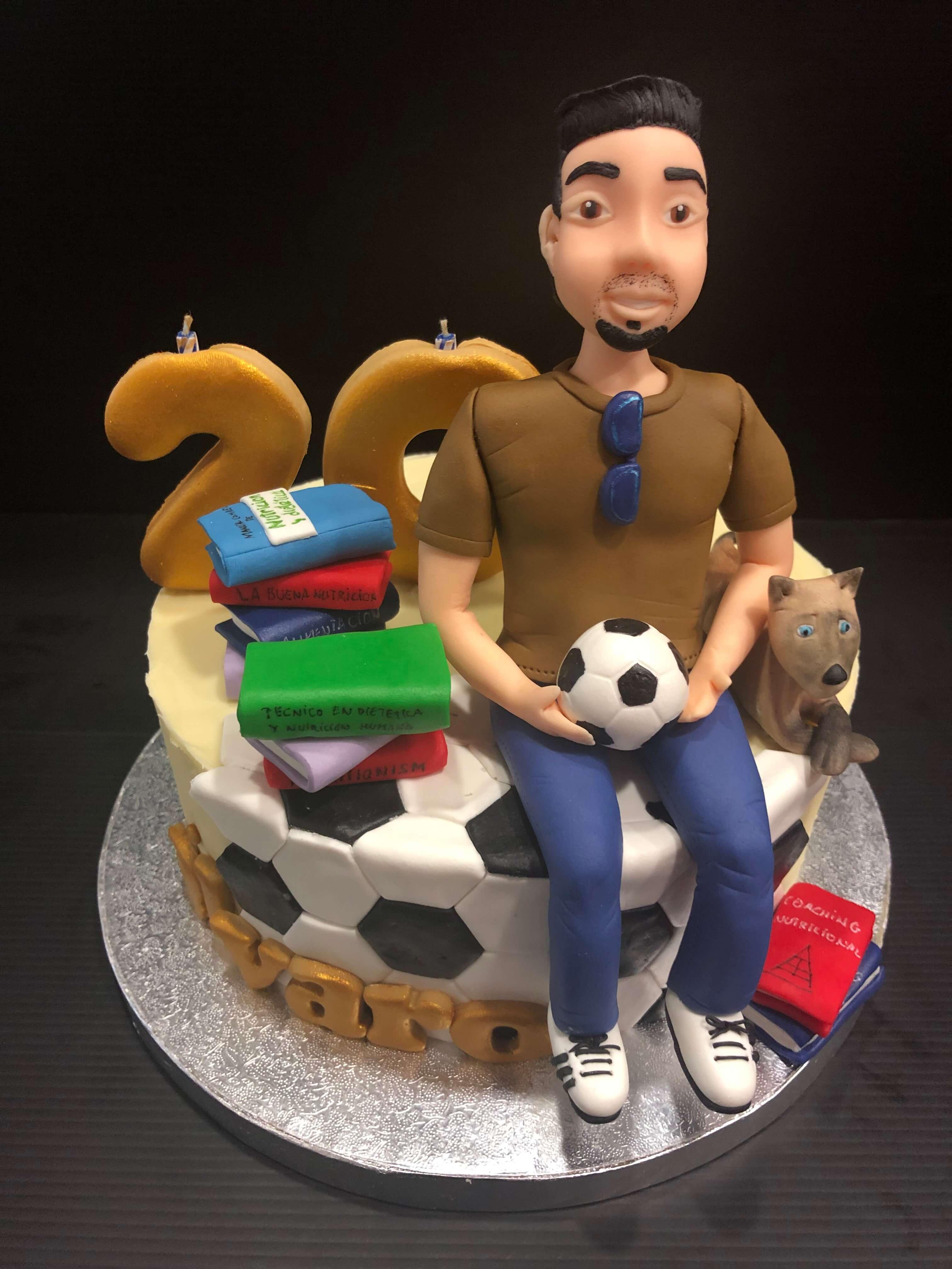 Tarta cumpleaños  chico futbol libros coruña