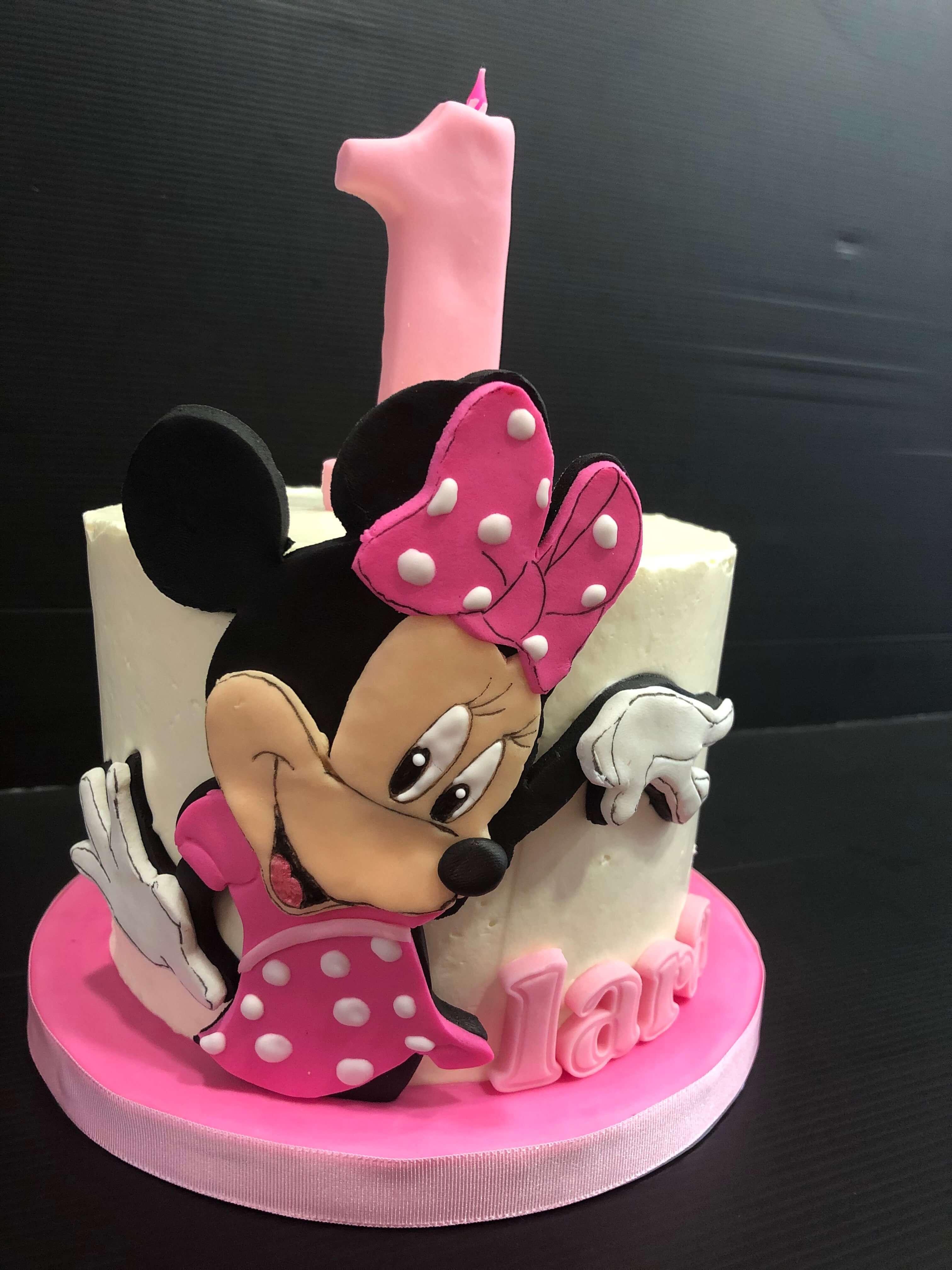 Tarta cumpleaños coruña  Minnie
