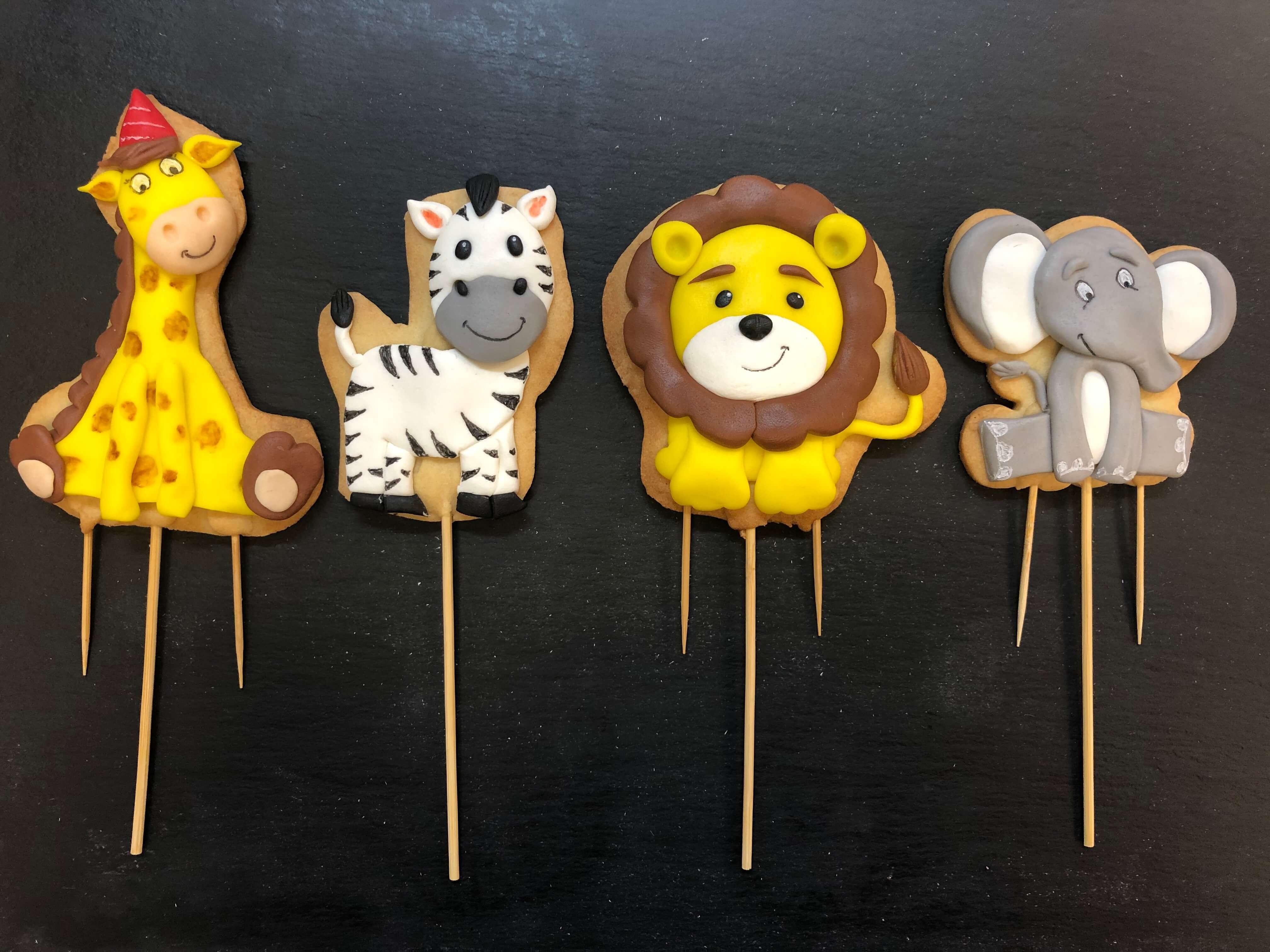 Galletas decoradas jirafa cebra león elefante coruña