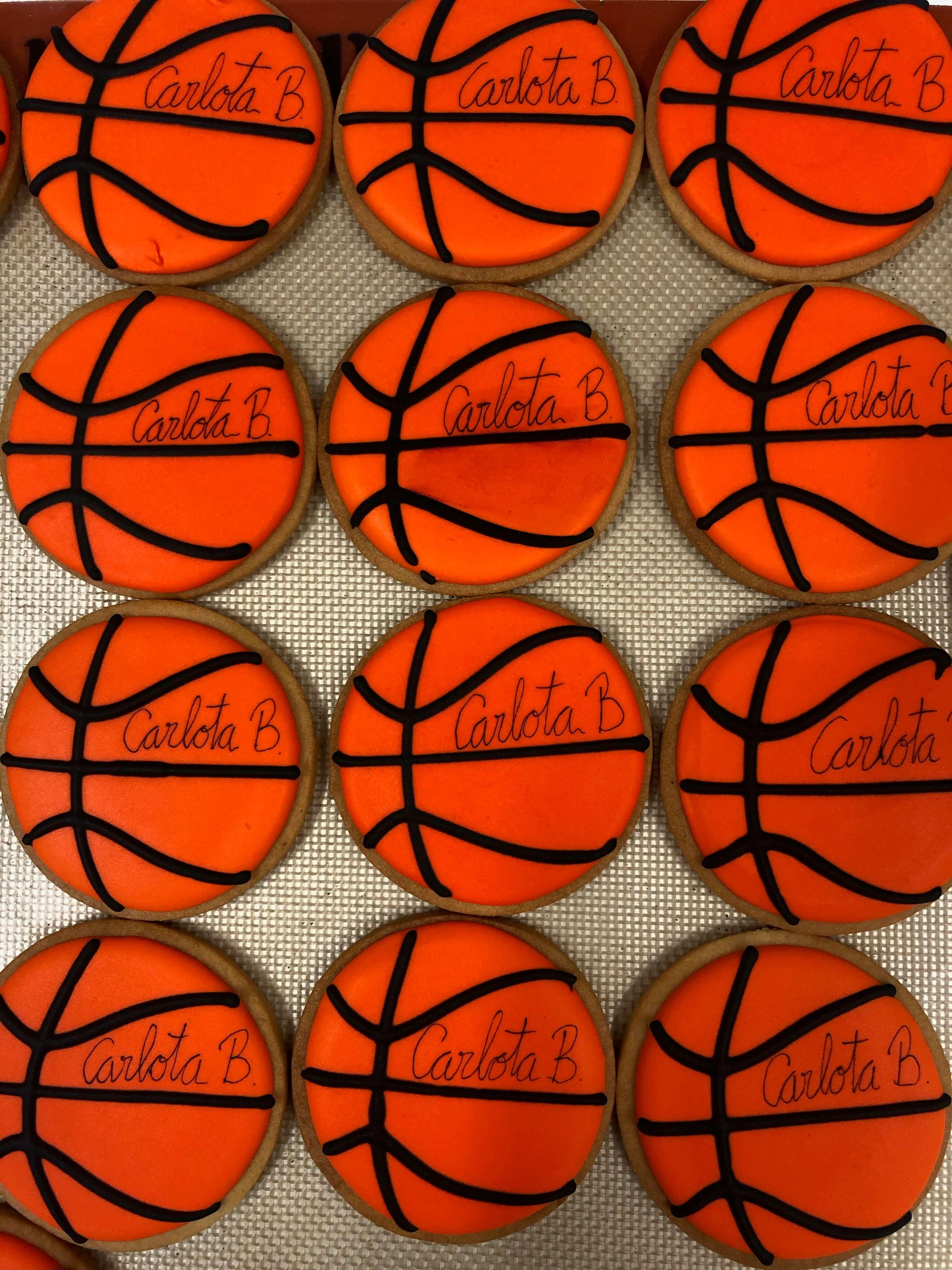 Galletas pelotas  balón baloncesto coruña