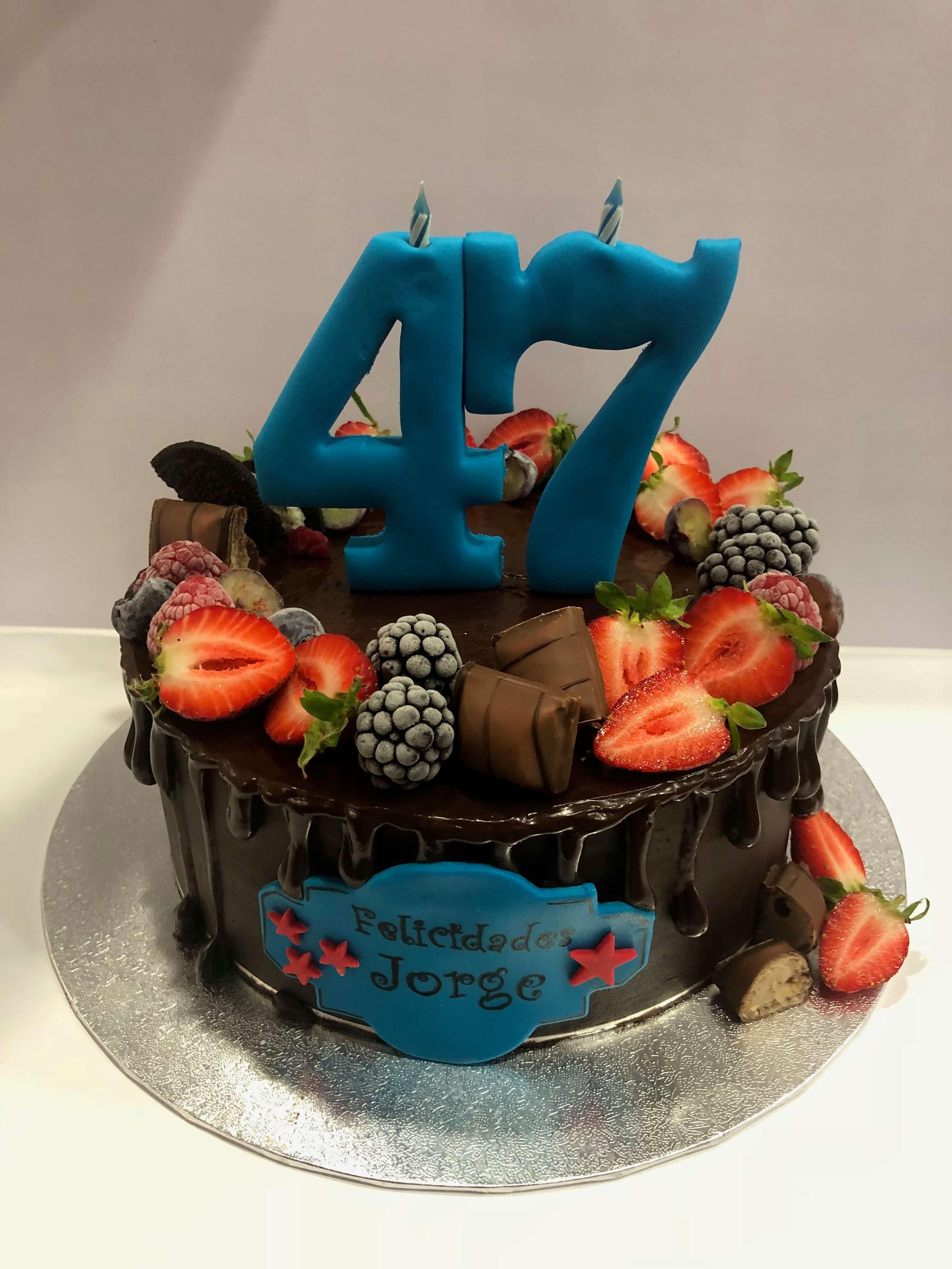 tarta cumpleaños coruña drip cake