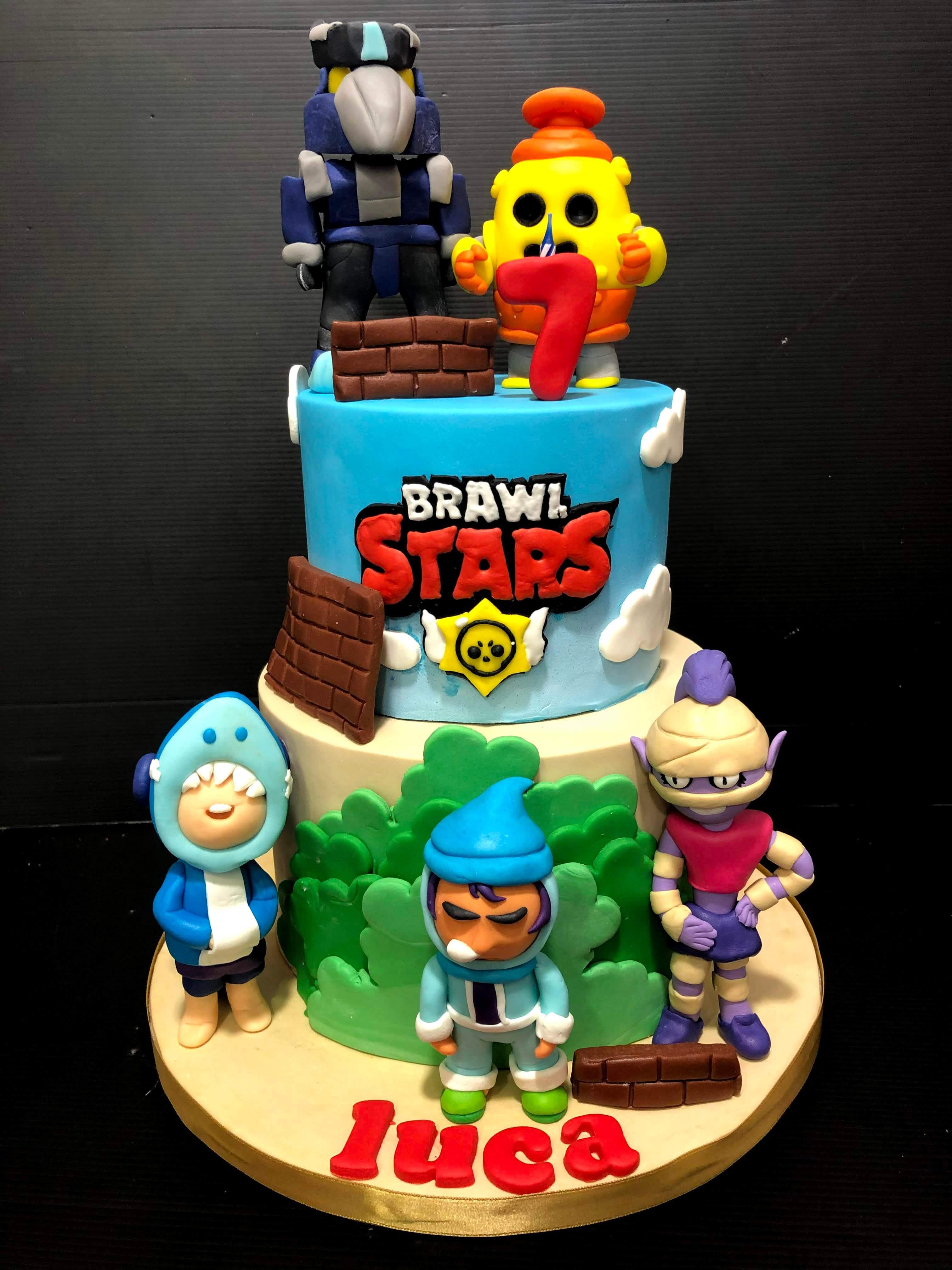 Tarta fondant cumpleaños personalizada Brawl Stars coruña