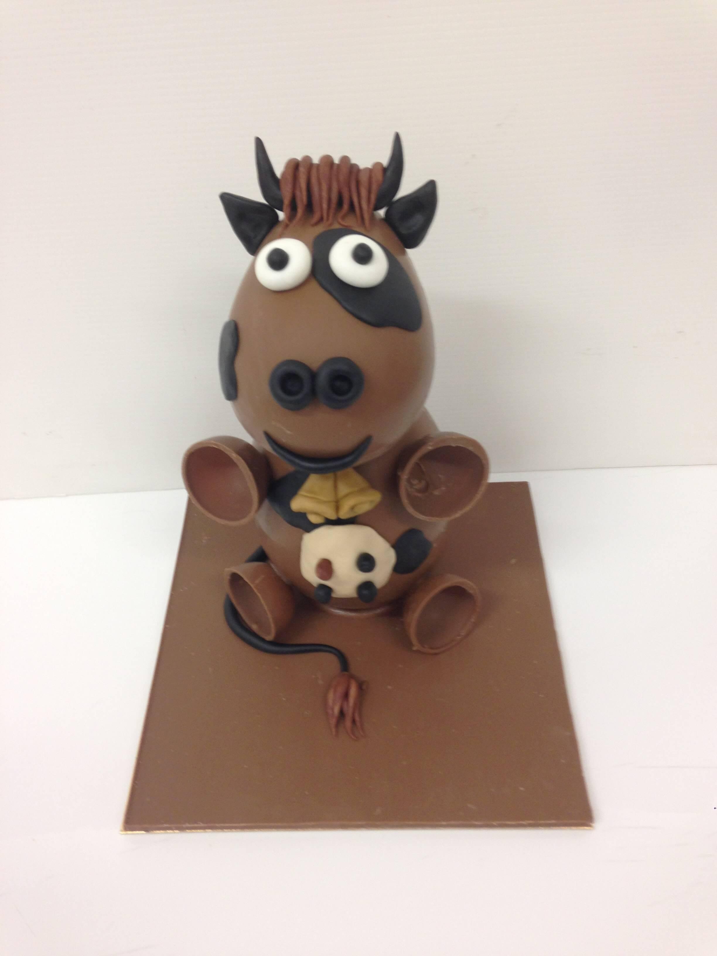 heuvo de pascua figura de pascua chocolate coruña vaca