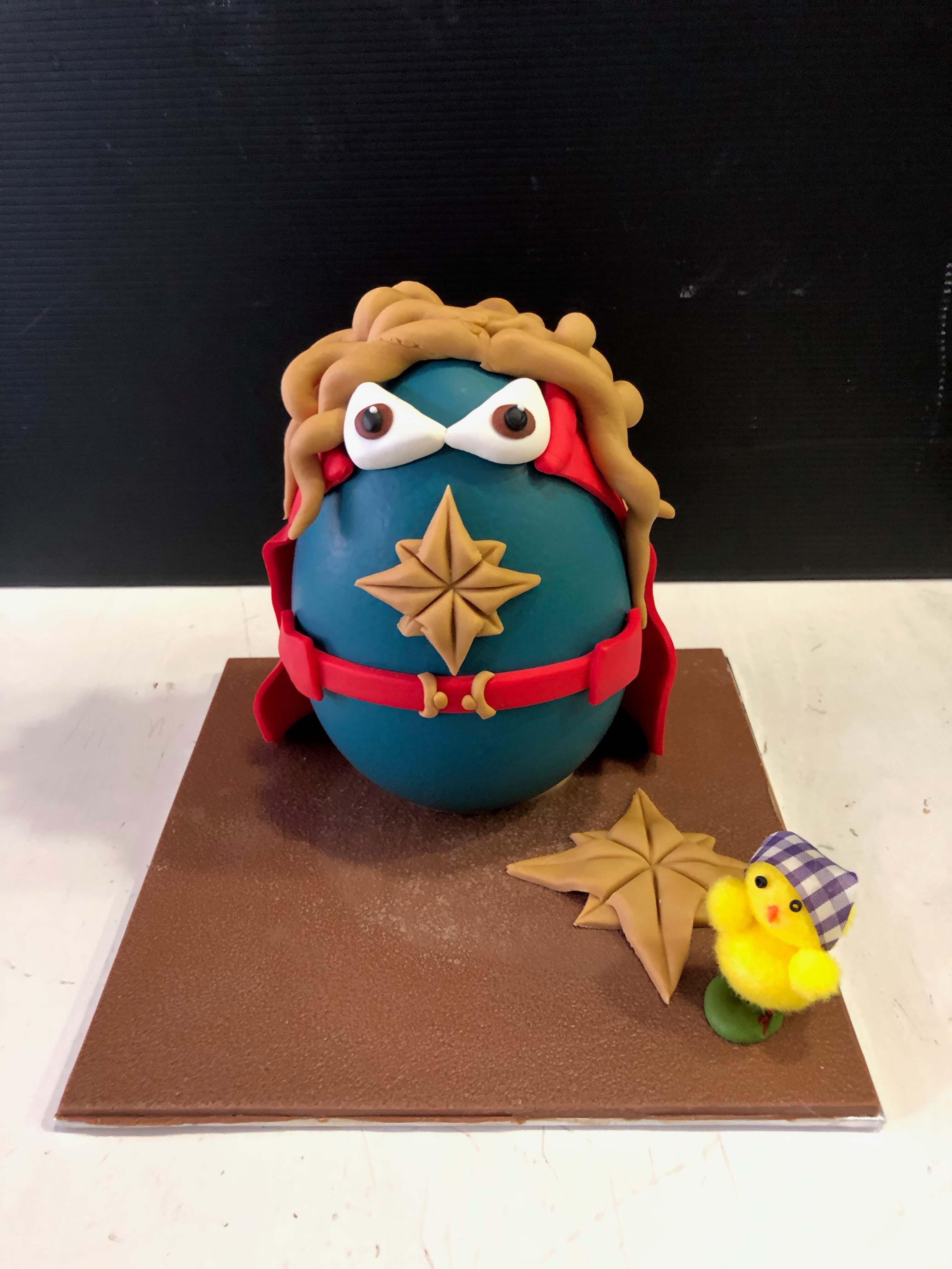 figura de pascua coruña super héroes huevos de pascua coruña
