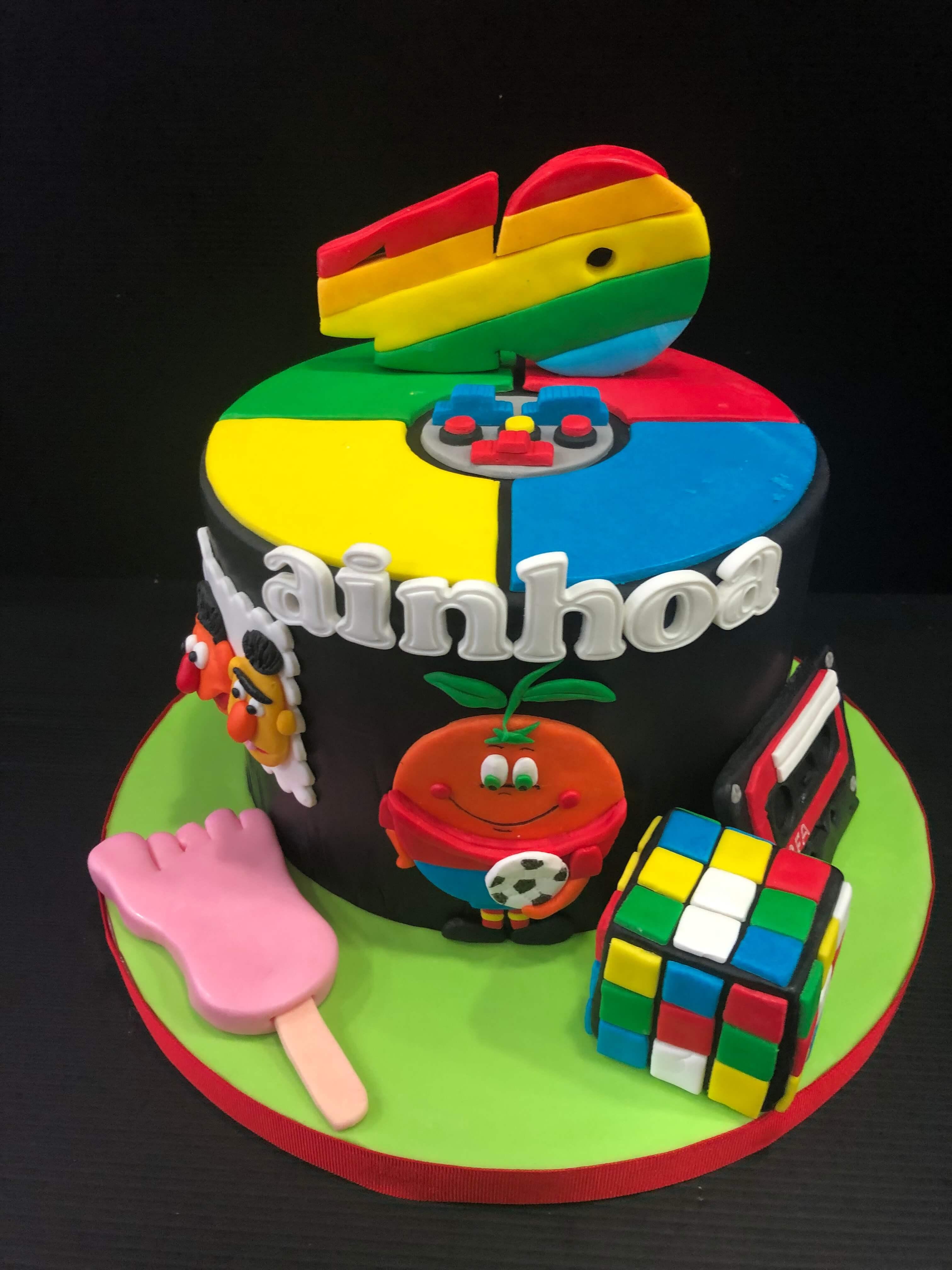 tarta cumpleaños original 80´s personalizada coruña simón frio pie naranjito cubo Rubik  coruña