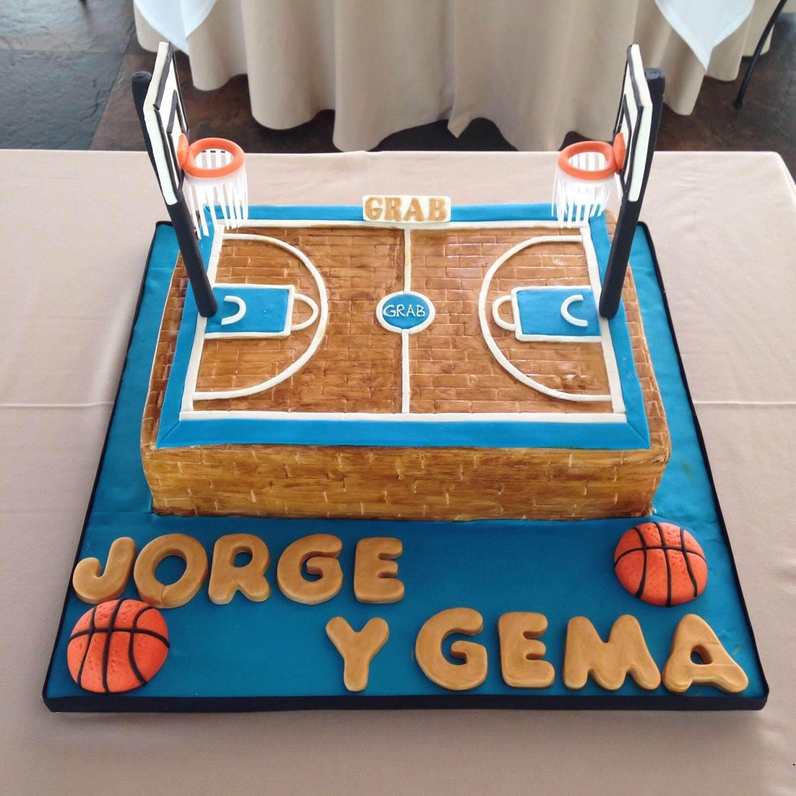 tarta cumpleaños personalizada coruña baloncesto cancha