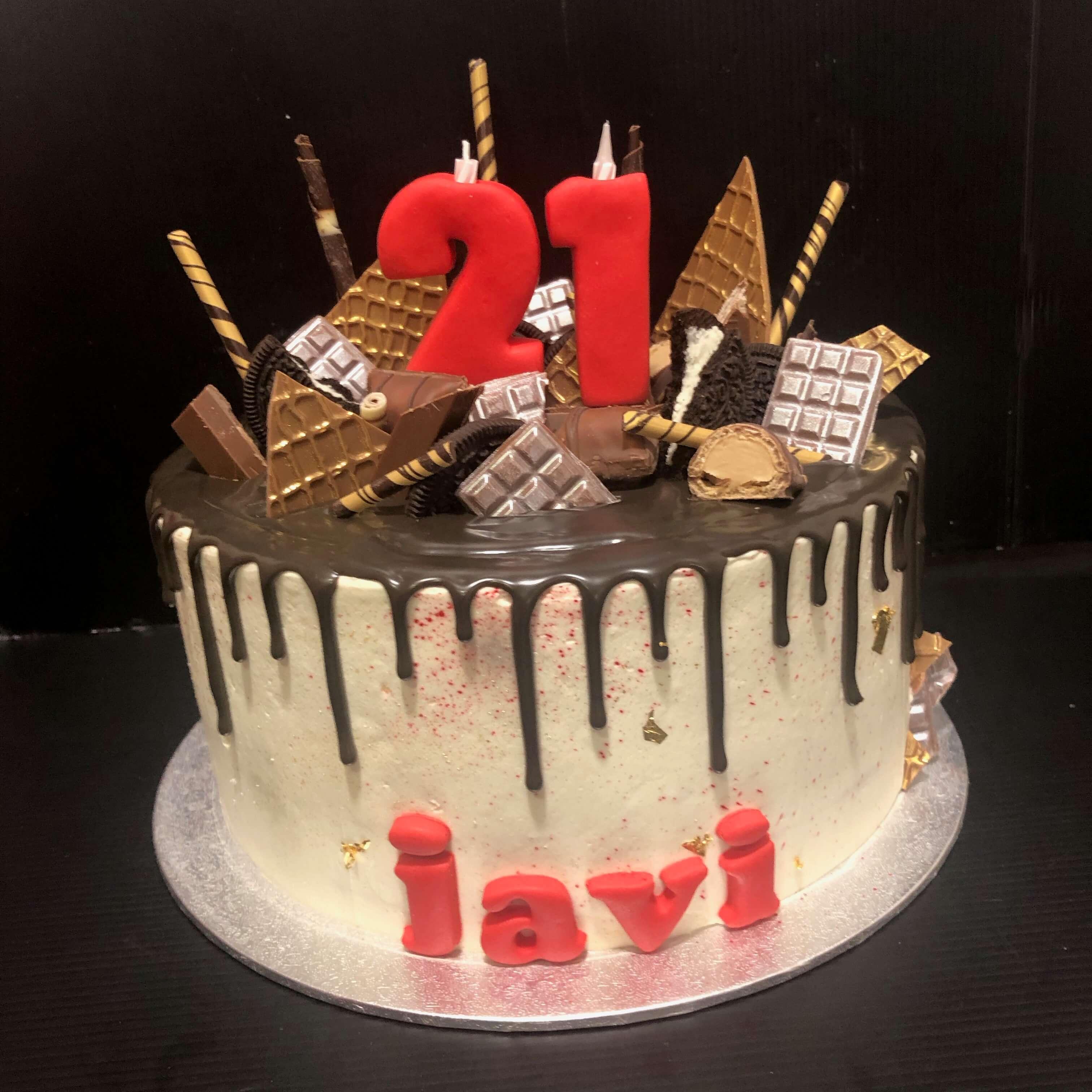 tarta drip cake cumpleaños personalizada macarons coruña tarta drip cake cumpleaños personalizada macarons coruña