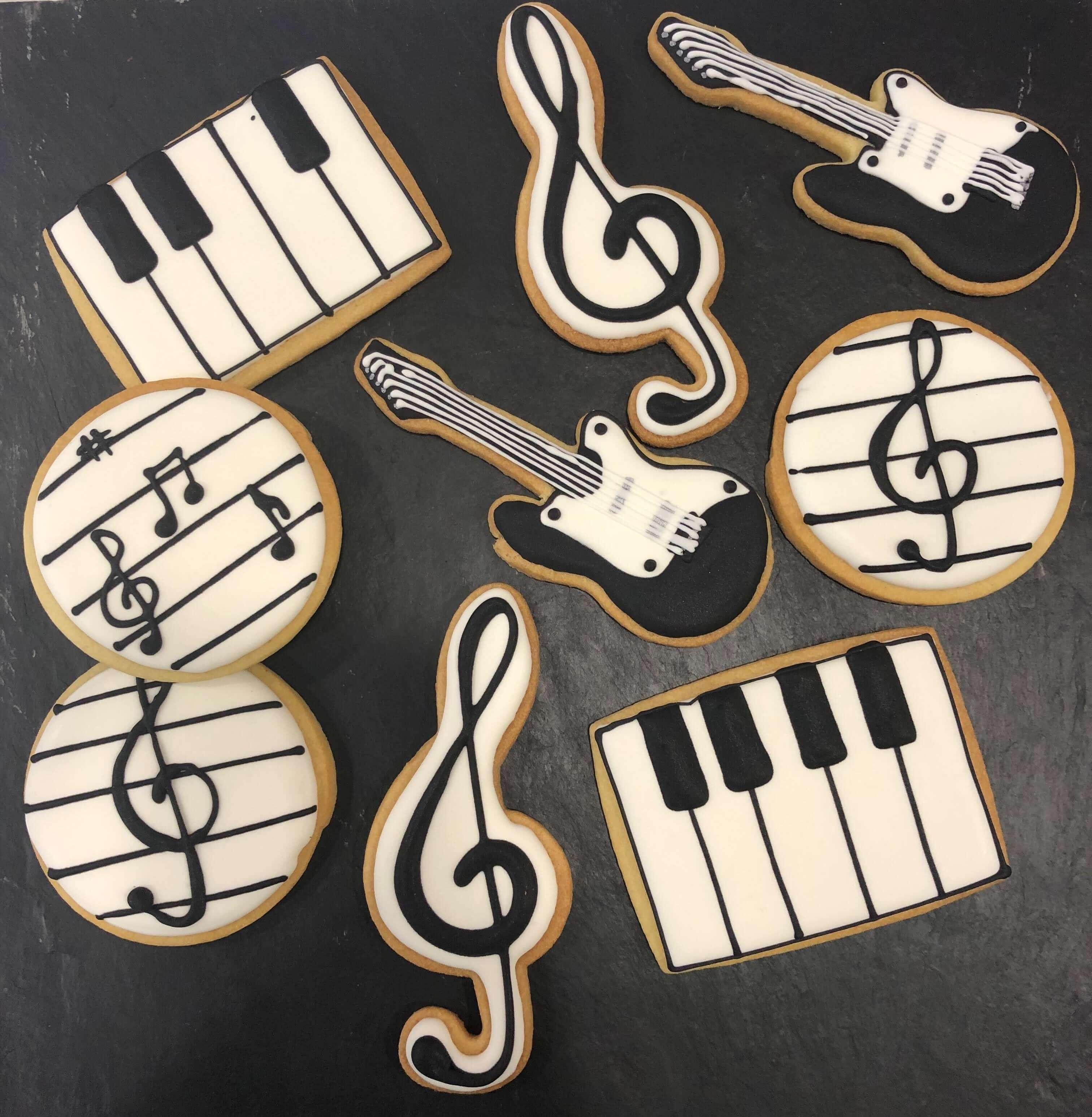 Galletas cumpleaños personalizadas música notas musicales guitarra coruña