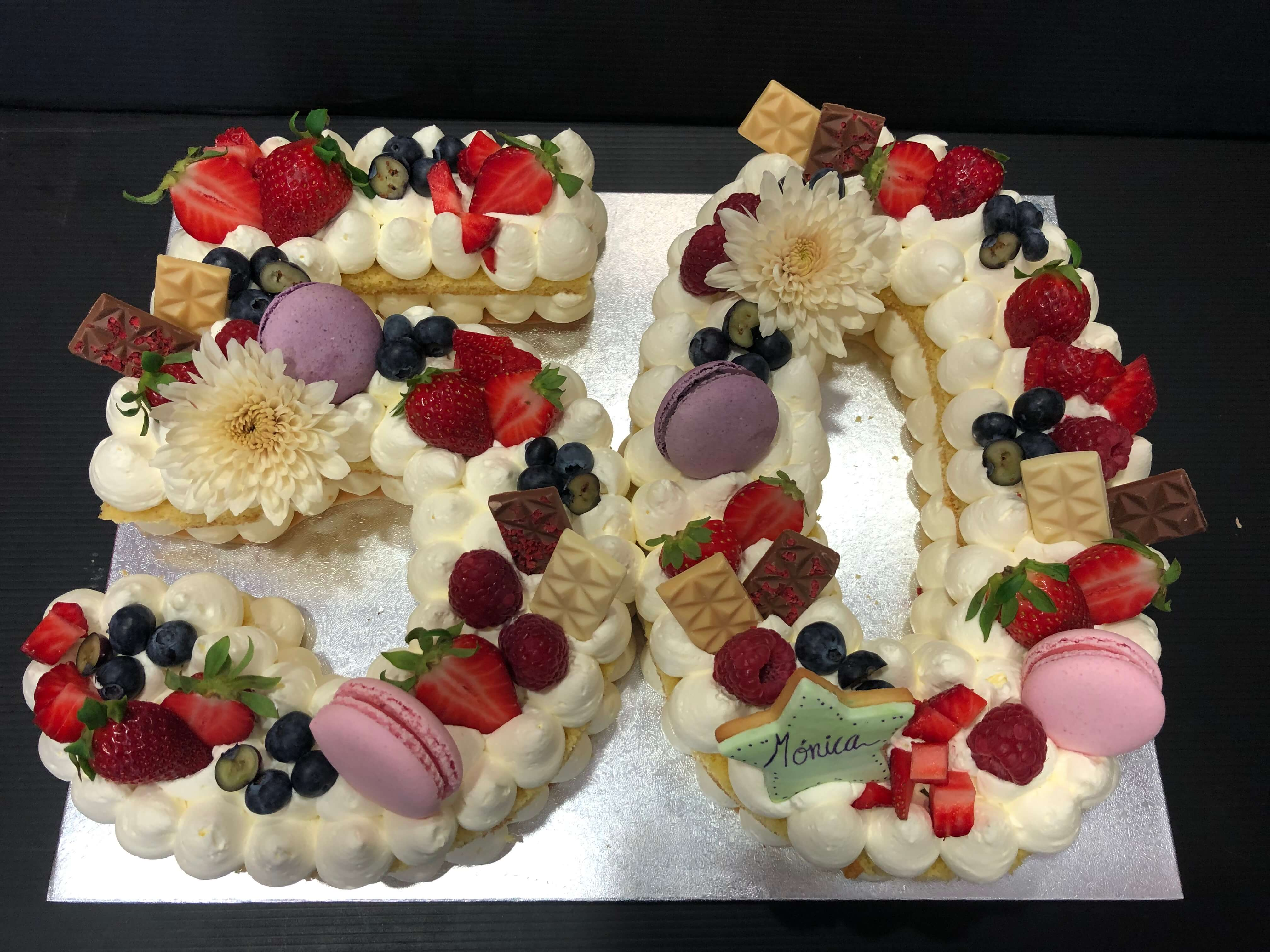 letter cake tarta Numeros o letras cumpleaños coruña personalizada