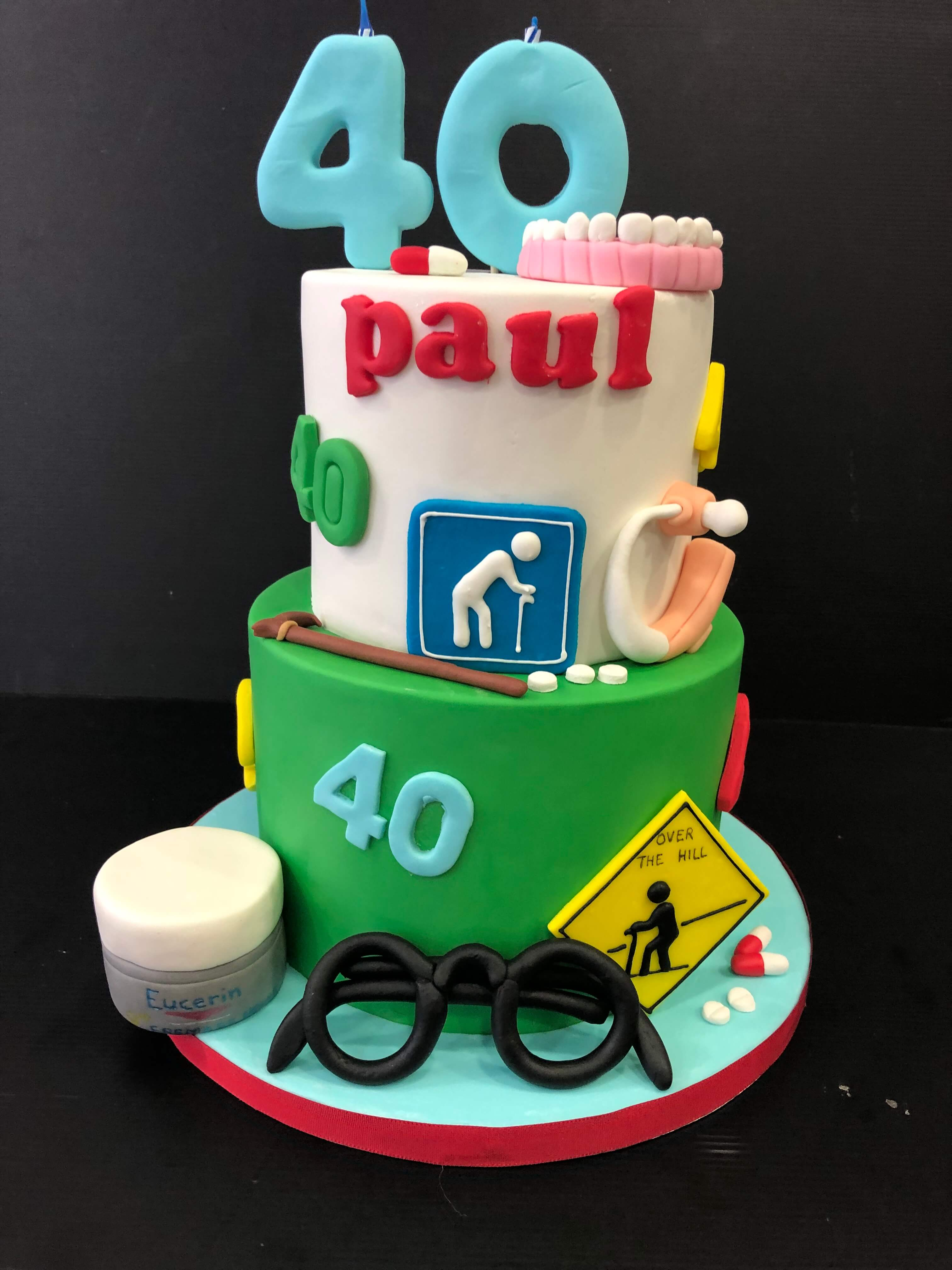 Tarta fondant cumpleaños dentista 40 coruña